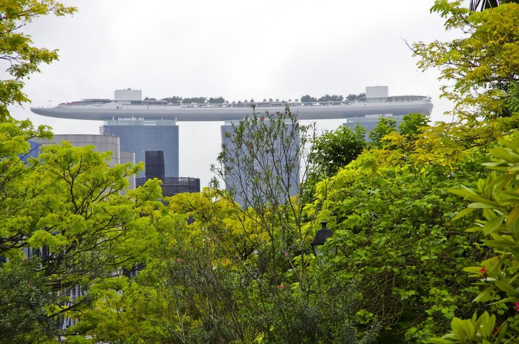 Bilde tatt fra Fort Canning Park mot det nye hotell og Casinobygget